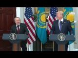 Назарбаев шутит
