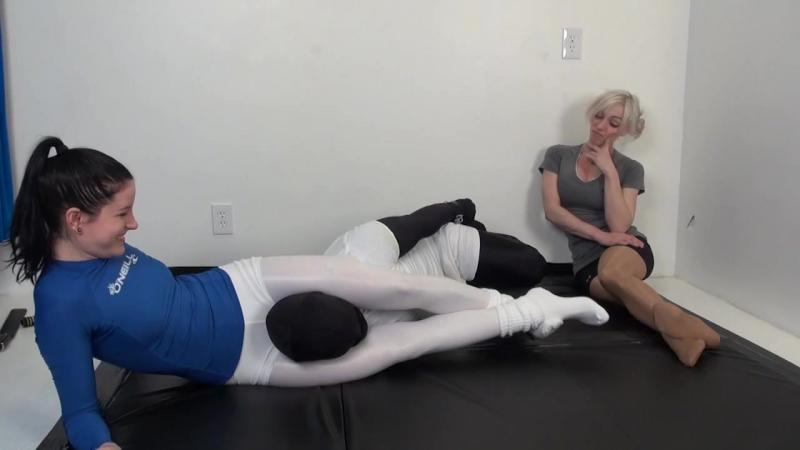 2 Headscissors Fitness challenge - Pornhub.com
