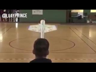 Японский ученик в возрасте 13,5 лет, представил свой выпускной проект в школе (т