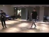 Jungkook break dance