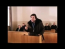 х-ф Мимино сцена в суде - Он пошёл в туалет, а он не смог дверь сломать.