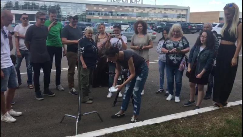 В Нижнекамске перед съёмками фильма «Урюк и курага» на счастье разбили тарелку