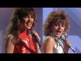 DARRY CAMPANILLA &amp THE CAPELLO'S ft. NANCY BOYD - It's In Hi Kiss (1986) ...