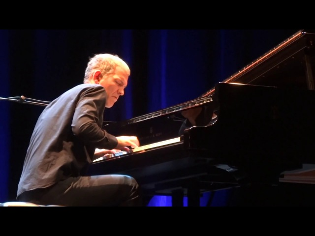 Chris Thile & Brad Mehldau - Independence Day (Instrumental) - Live In Paris 2017