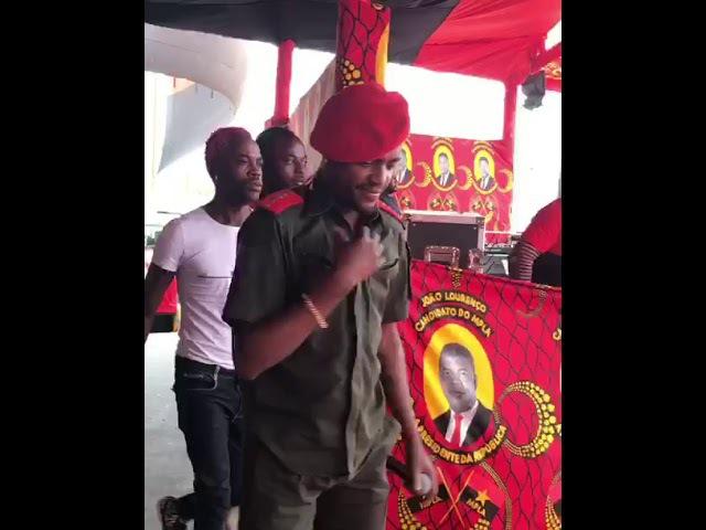 Olha só o que o Nagrelha fez durante a campanha eleitoral do MPLA | JACARÉ BANGÃO