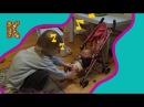 Беби бон куклу спасаем от собаки. Катя катает беби бон кулку. Катя играет для беб ...