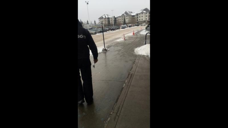 Зима на северо западе Канады,город эдмонтон.