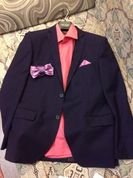 #ВсеДляДетей@bankakomi Продам мужской костюм р. 48-50 + две рубашки (