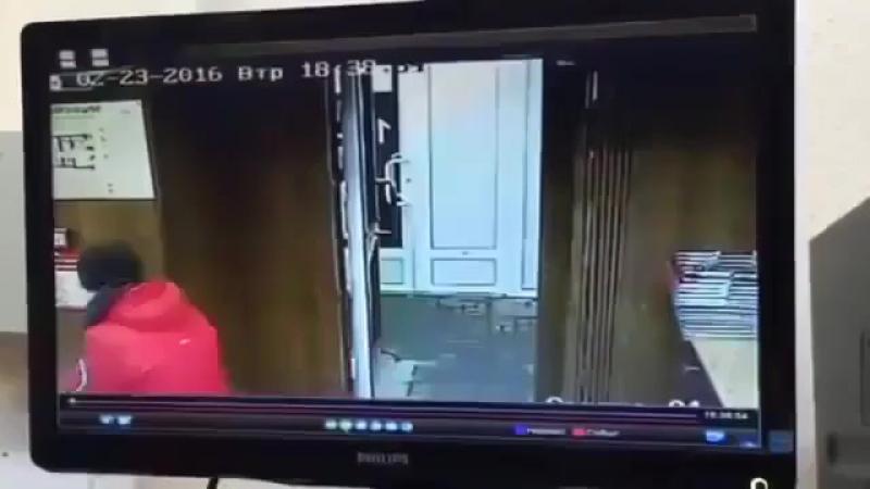 Дерзкое ограбление Красного и белого