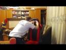 ВжЛинк бьет свой стульчик
