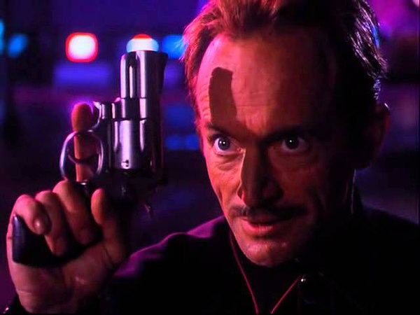 Lance Henriksen awesome in Tales From The Crypt - Cutting Cards