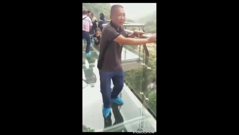 Китайцы сами себя дрочат)