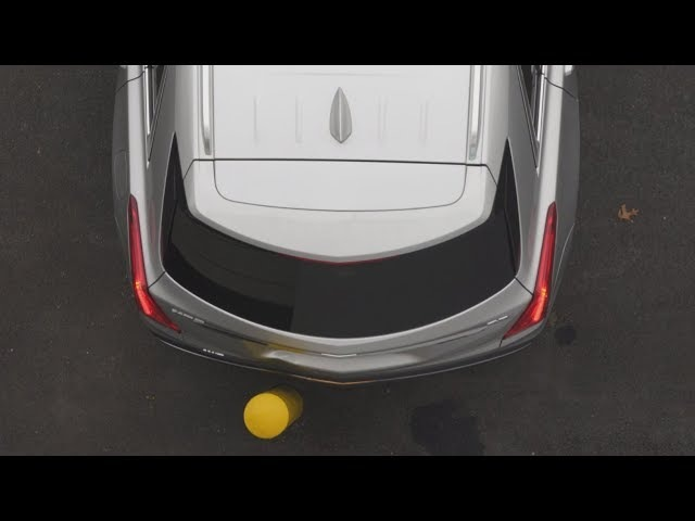 Cadillac XT5 without and with rear autobrake - IIHS demonstration