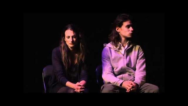 Camille Cottin Connasse Franck Buirod Connard - Il l'aime