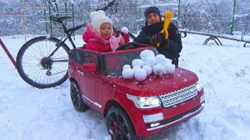 ЧЕЛЛЕНДЖ Снег против Машины и Велосипеда УРААА Много СНЕГА Игры в СНЕЖКИ для дет...