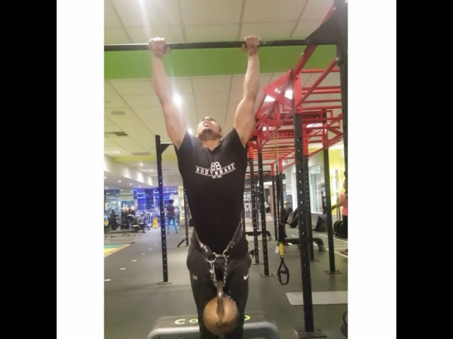 48kg pull ups