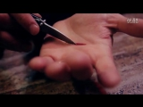 Фокус иллюзия пореза руки