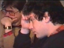 Борис Немцов его жена Раиса и дочь Жанна слушают его выступление по ТВ Предп март 1991