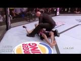 Бойцы MMA в уличной драке!!!ШОК!!!