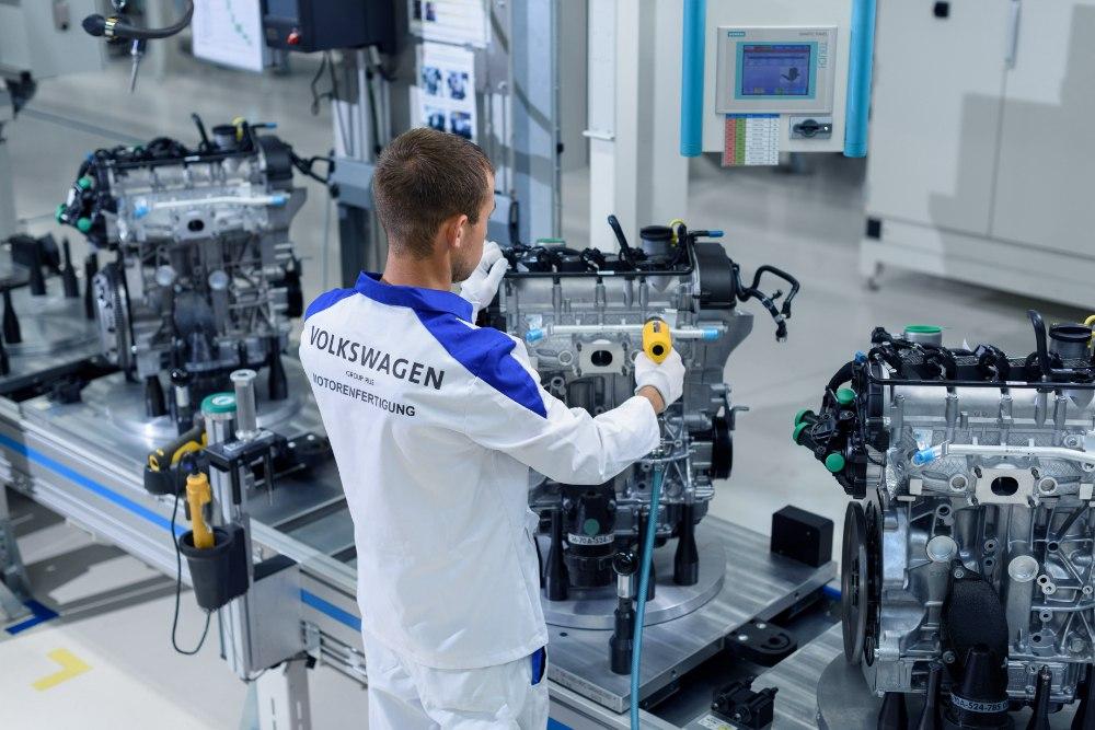 Назаводе Фольксваген вКалуге собрали 200-тысячный мотор