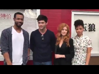 Shadowhunters cast hanging at the Jade Wolf!
