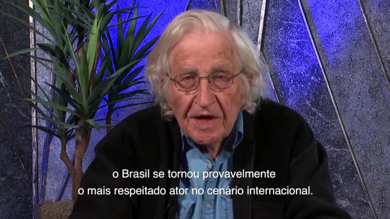 Noam Chomsky (vídeo de apoio a LULA)