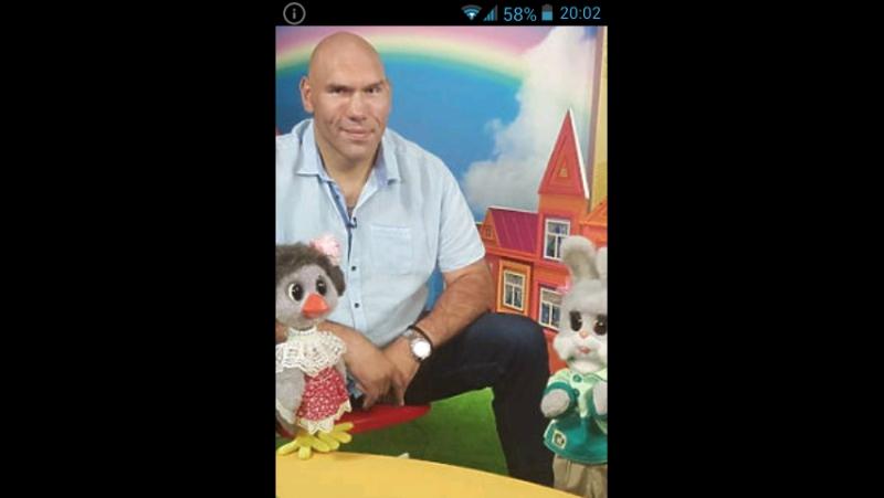 Почему Валуев снимается на передаче спокойной ночи малыши ? » Freewka.com - Смотреть онлайн в хорощем качестве