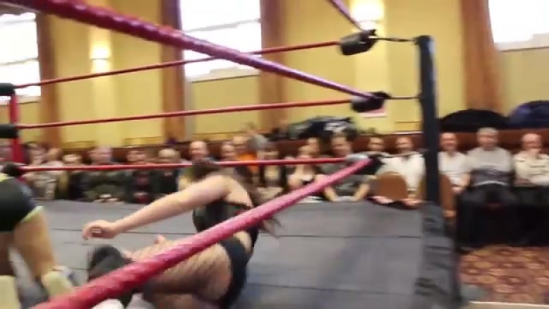 UK Girls Lana Austin vs Violet O'Hara Pro Wrestling Match