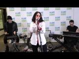 Halsey спела песню Bad At Love - Elvis Duran Live