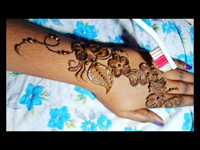 New Toothbrush Mehndi design Easy mehndi design with toothbrush latest mehndi design2017