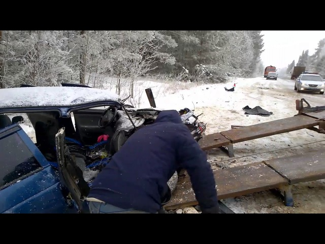17 01 2018 Три человека погибли в ДТП на трассе в Удмуртии