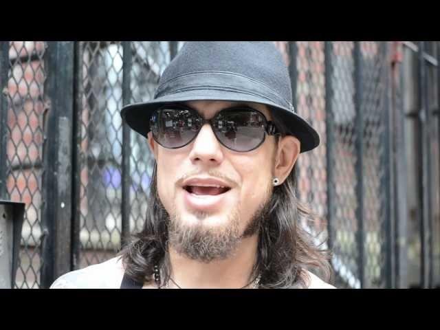 JJ Brine of The LaBiancas interviews Dave Navarro = What do you think of Charles Manson?