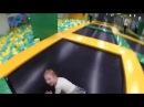 Злата в стране развлечений детский парк отдыха Часть 3 Батутное море