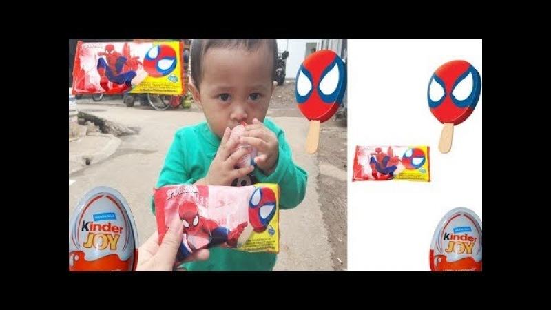 Balita Lucu Beli Kinder Joy Es Krim Spiderman Ingin dapat Mainan Anak