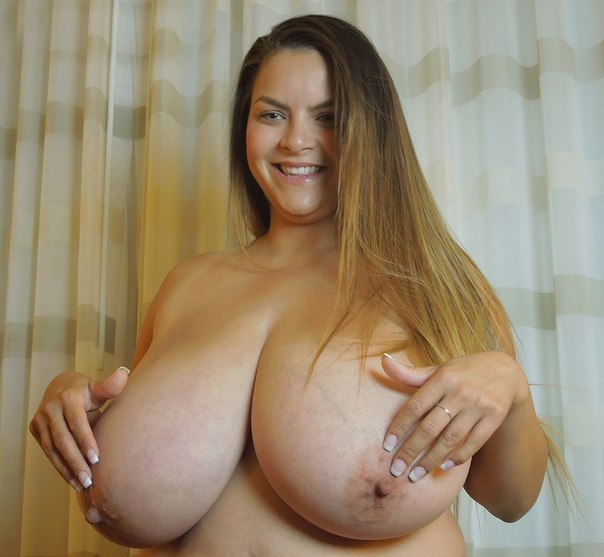 Chubby amateur bbw takes pounding from bbc