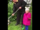 Юная защитница природы и зомбированный дед