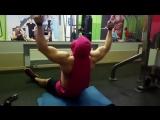 Отличное упражнение для широчайших мышц спины