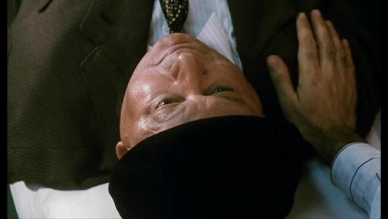 Фантоцци берет реванш - Fantozzi alla riscossa (1990)