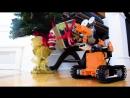 UBTech Jimu Tankbot робот дарит подарки