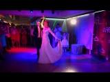 Трогательный первый танец Артема и Екатерины
