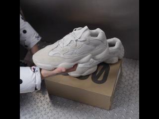 Анбоксинг adidas Yeezy Desert Rat 500 'Blush'