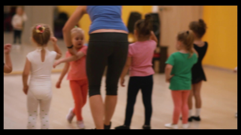Baby dance group2