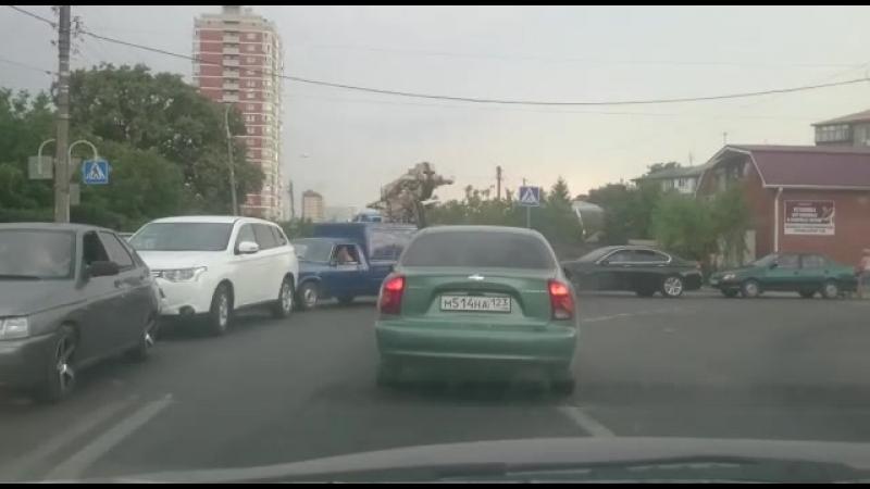 Пробка на Старокубанской что ждет автолюбителей за видео спасибо Царю