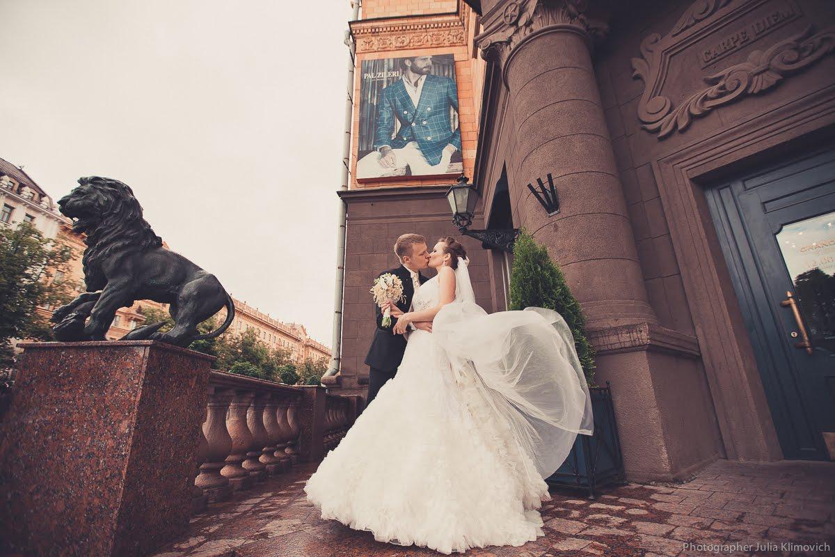 B204m1GHF5Q - Организация и проведение свадьбы: на чем сэкономить?