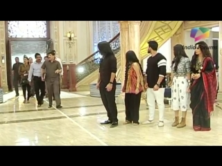 Shivaay's Dadi Is Shattered - Oberoi Mansion Gets Auctioned - Ishqbaaaz - Star Plus.mp4