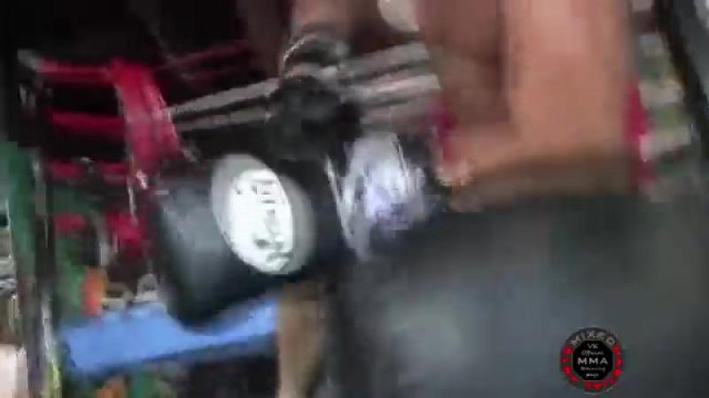 Видео Тренировка Тито Ортиза.360