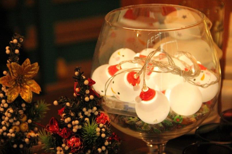 Поздравляем всех с католическим Рождеством! Если вдруг вы отмечаете праздник – обязательно загляните к нам😉 В «Вашей Кухне» самое подходящее зимнее меню, особы