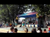 девочки выступают на празднике села Подстепки