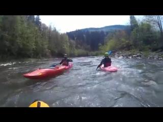 Сплав по річці Чорна Тиса в Карпатах. Tysa river kayak expedition-hklip-scscscrp