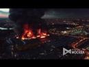 Вертолет тушит пожар на рынке «Синдика»